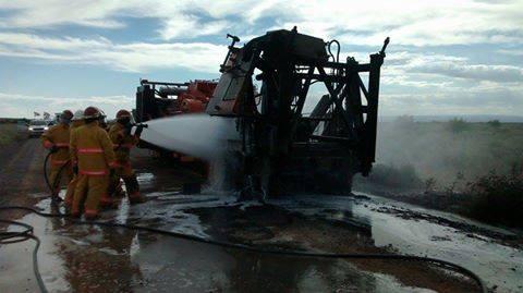 Se prendió fuego un equipo petrolero en cercanías de Añelo