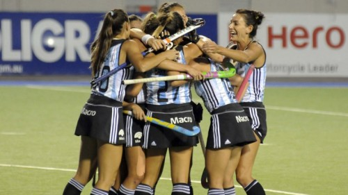 Argentina quedó primera en la clasificación por diferencia de gol.