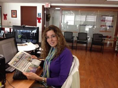 Laura Rivera, en la redacción del diario Las Américas.