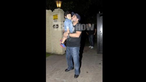 Maradona llegó al país para ver a su hijo