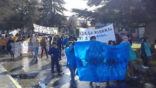 Rechazo-Coloradas-Neuquen-Southern-MiningPress_CLAIMA20150731_0028_1