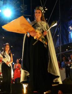 Micol Milohabich de 17 años fue elegida como reina de la ciudad de Neuquén