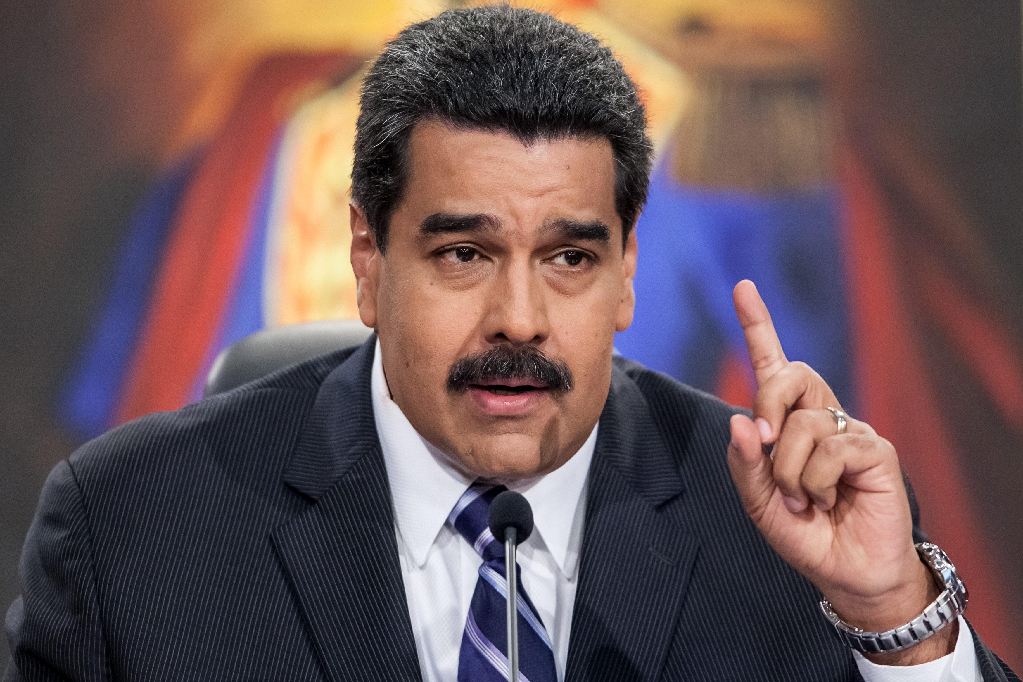"""MADURO OFRECE RUEDA DE PRENSA SOBRE """"PROGRAMA ECONÓMICO DE RECUPERACIÓN"""" EN 2015"""