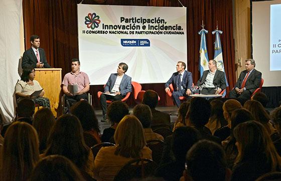 01-12-digitales-urtubey-congreso-nacional-de-participacion-ciudadana-en-neuquen12