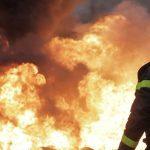 Voraz incendio en Plottier deja 15 familias evacuadas
