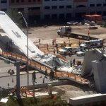 Varios muertos y autos atrapados al caer un puente peatonal en construcción en Miami
