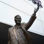 """Retiran estatua de Néstor Kirchner por ser """"símbolo de corrupción"""""""