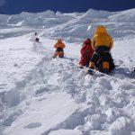 Ocho excursionistas muertos y uno desaparecido en violenta tormenta de nieve