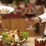 Fin de año: alertan sobre el riesgo cardiovascular asociado a los excesos