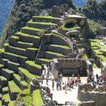 Detuvieron a turistas argentinos por dañar un templo y defecar en el Machu Pichu