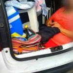 Insólito: Fue a veranear a Brasil y llevó a su suegra en el baúl del auto