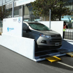Neuquén: La Municipalidad instala rampa con aspersores para desinfectar vehículos
