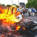 Asesinato de George Floyd: murió un manifestante y un policía durante los violentos disturbios
