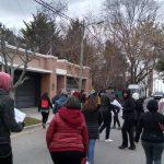 ATEN capital realizó una protesta frente a la casa particular de la ministra de Educación