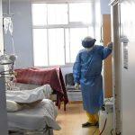 Covid-19: 39 personas esperan una cama en terapia