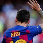Con un escueto tuit Barcelona informó la salida de su histórico 10