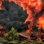 Feroces incendios en Grecia ponen en peligro islas, ciudades y ruinas arqueológicas