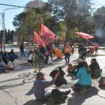Organizaciones sociales organizan un acampe multitudinario en la Avenida Argentina
